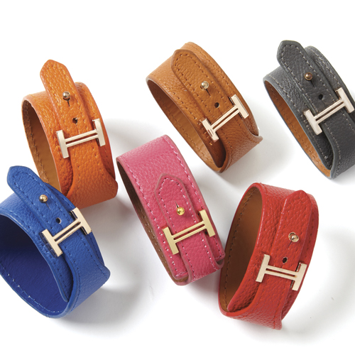 Buckle Up Genuine Leather Bracelet