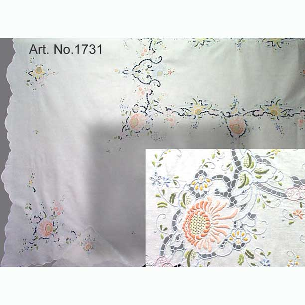 "Peach Floral Emb'd Tablecloth 45"" Rd"