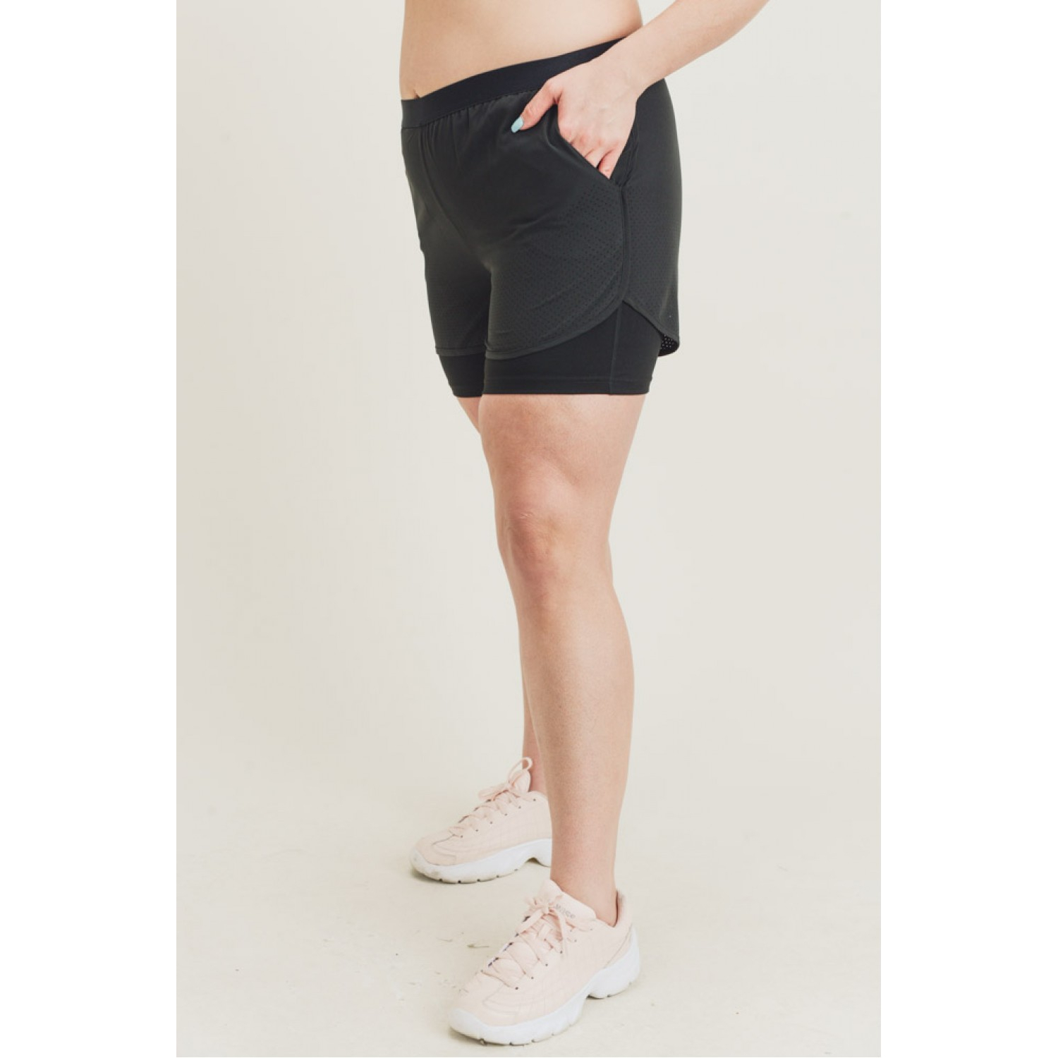 Hybrid Perforated Active Short Shorts Black XL